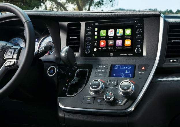 infotainment system in a 2019 Toyota Sienna