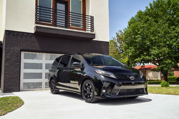 front view of a black 2020 Toyota Sienna