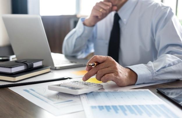financing-calculating-calculator-computer-b_b